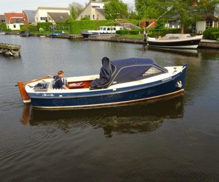 Kleine boot Zijda jacht