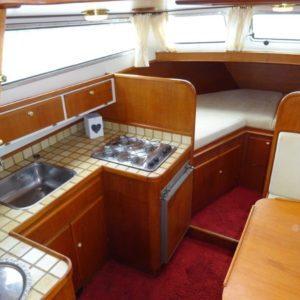Keuken in boot