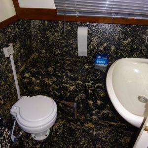 Toilet Combi Kruiser 1040 AK